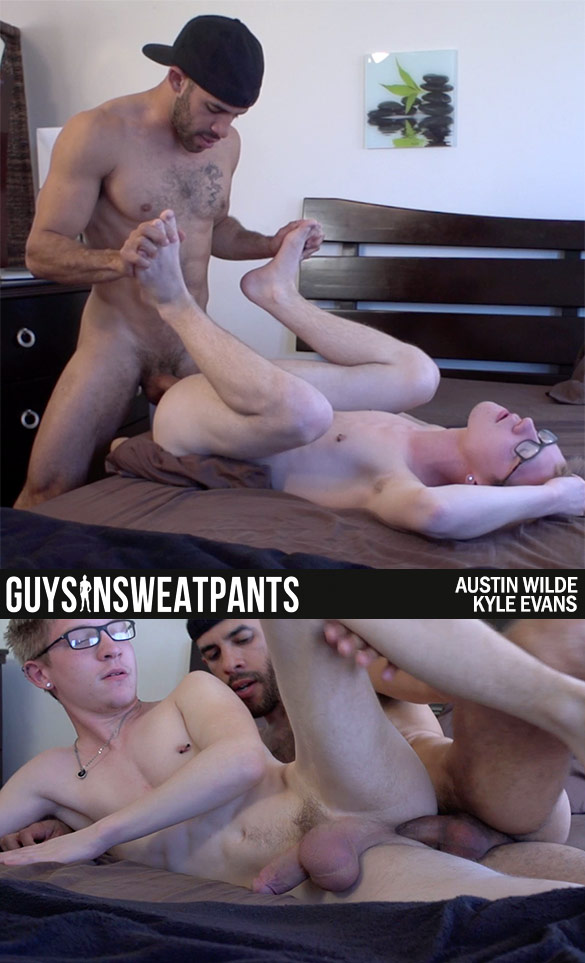GuysInSweatpants: Austin Wilde fucks Kyle Evans' tight hole raw