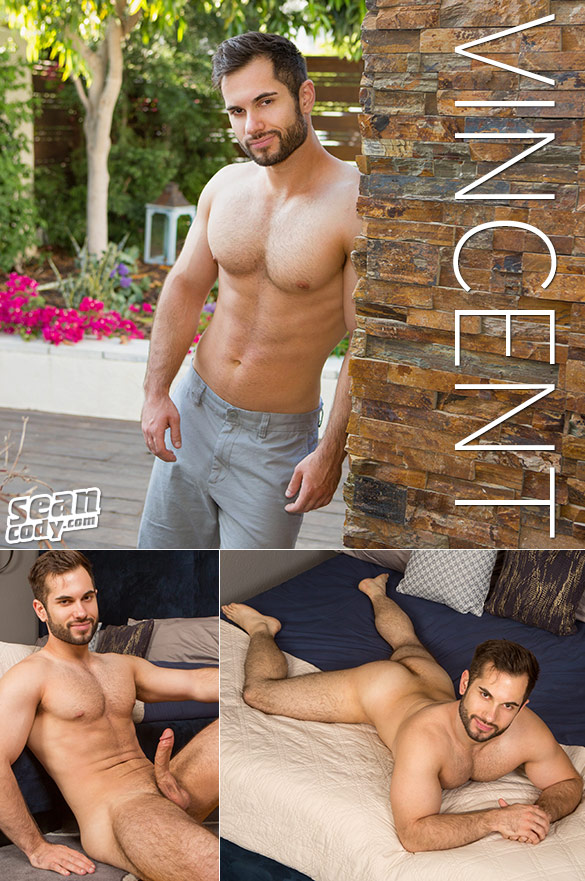 Sean Cody: Vincent rubs one out