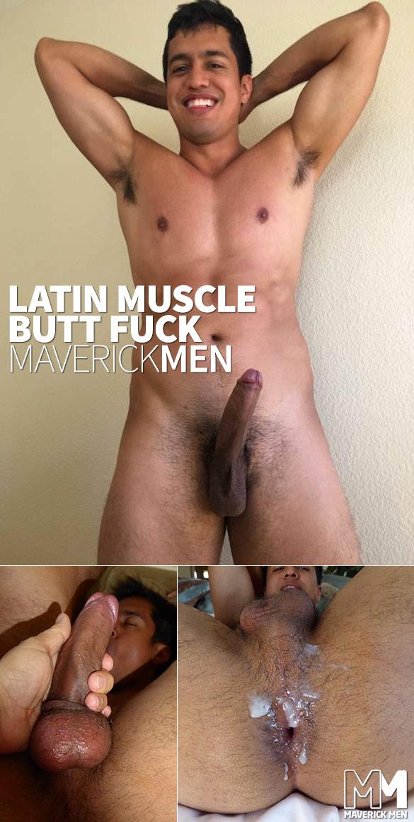 Beefy muscular gay gets ass slammed