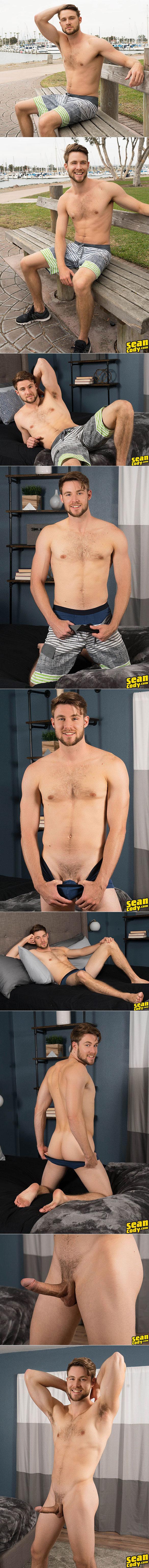 Sean Cody: Kody rubs one out