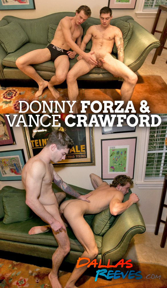 Dallas Reeves: Vance Crawford barebacks Donny Forza
