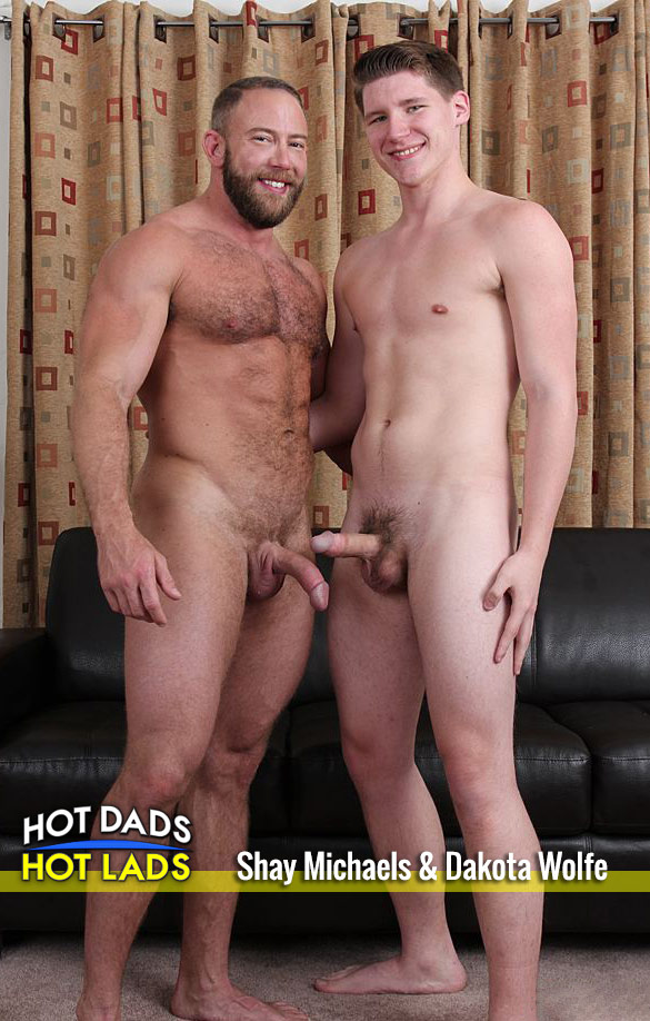 Hot Dads Hot Lads: Muscle hunk Shay Michaels fucks Dakota Wolfe
